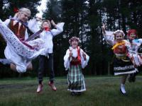 Children in folklore costumes