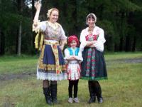 Girls in folklore costumes